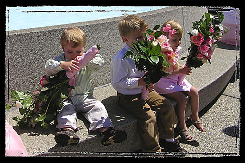 Blog - Cousins with flowers