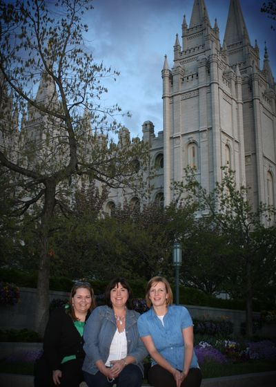 Blog - Me-Barb-April at Temple