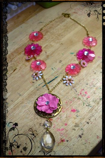 Pink Mod Flower Necklace