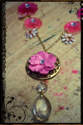Pink Mod Flower Necklace Close-up