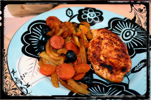 Paprika Chicken with Carrots and Fennel