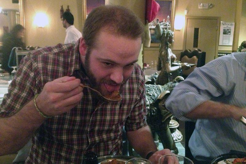 Ryan tries chicken vindaloo part 2