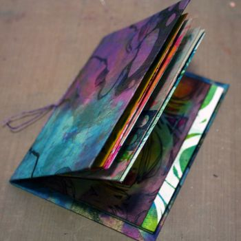 Printed Mini Art Journal by Gwen Lafleur - Traci Bautista-StencilGirl Blog Hop