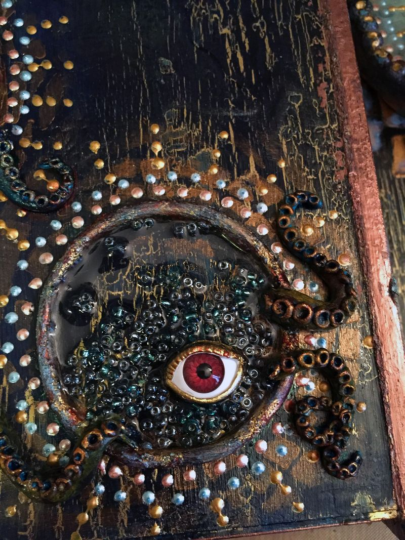 Into the Deep Assemblage - Close-up 1 - Gwen Lafleur
