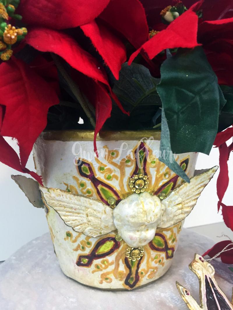 Faux Ceramic Poinsettia Planter with Stencils - Gwen Lafleur