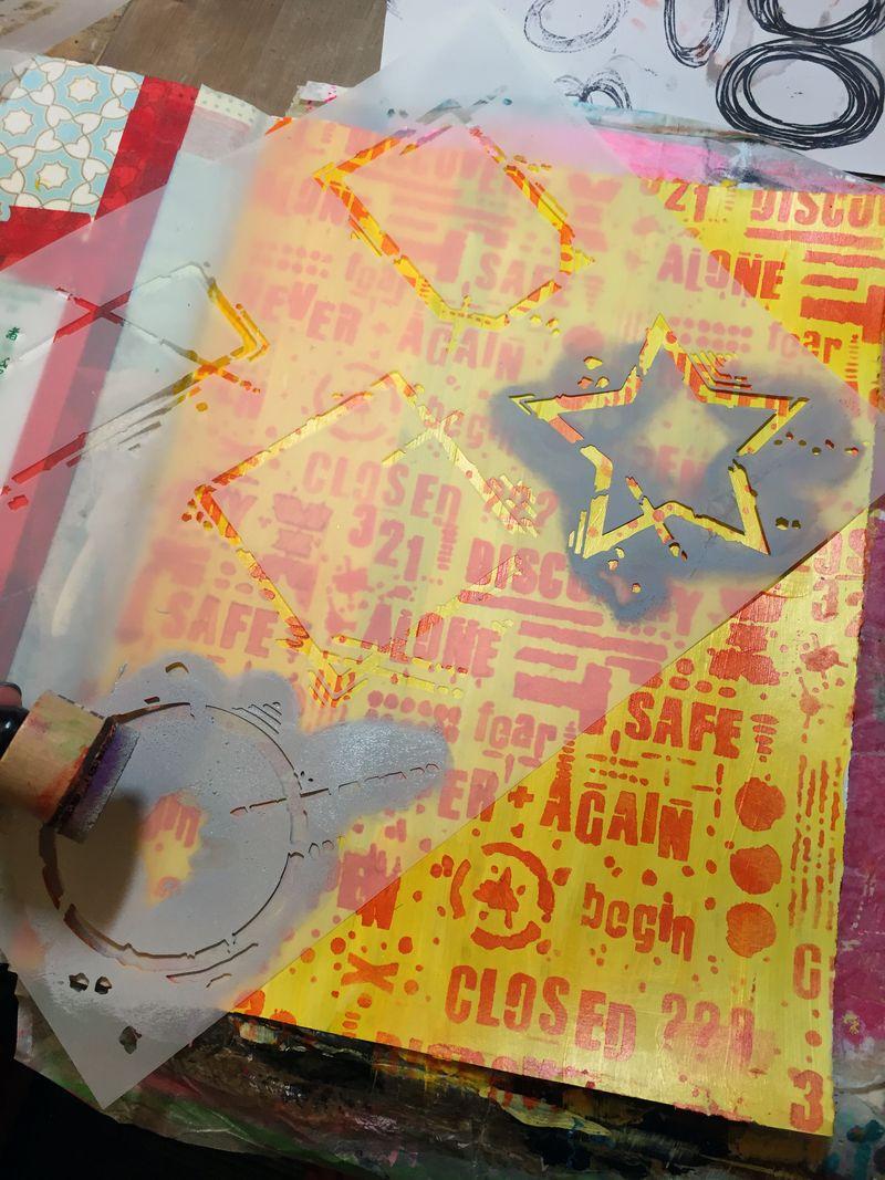 Art Journaling with New Seth Apter Stencils Part 1 - Gwen Lafleur