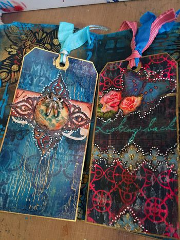 File Folder Art Journal Class Sample - Tags 1 - Gwen Lafleur