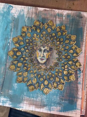 Mixed Media Medallion Art Journal Idea - Gwen Lafleur