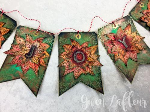 Poinsettia-Stencil-Holiday-Banner---Closeup-5--Gwen-Lafleur