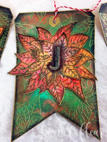 Poinsettia-Stencil-Holiday-Banner---Closeup-3--Gwen-Lafleur
