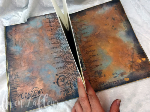 Stenciled-File-Folder-Art-Journal-with-Distress-Oxide-Inks-Spread-3---Gwen-Lafleur